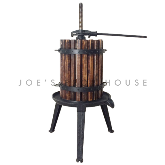 Small Manual Rachet Grape Press w/Wooden Basket Black