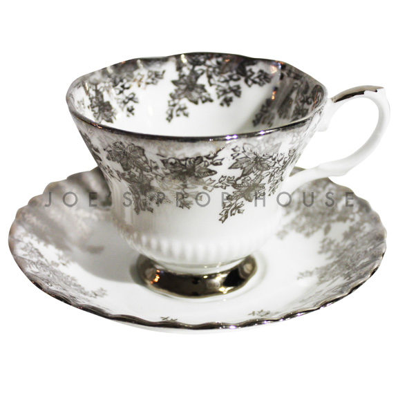 Tasse à thé et soucoupe Laura Floral