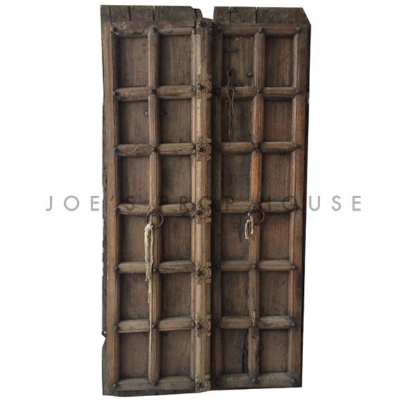 Vieilles portes en bois espagnoles