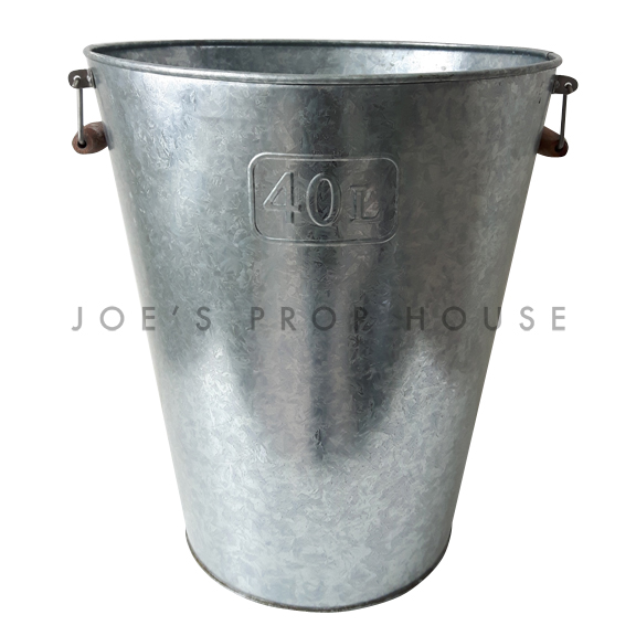 40L Galvanized Metal Bucket w/Wooden Handles