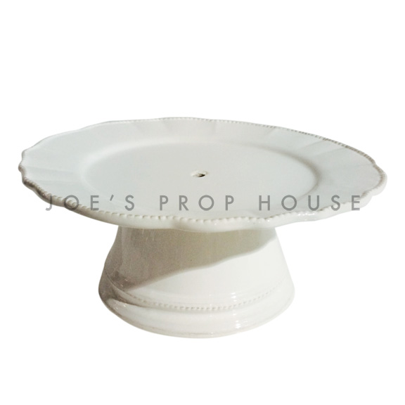 Abigail round scallop porcelain cake stand, ivory D6in