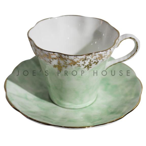 Tasse à thé et soucoupe Hathaway