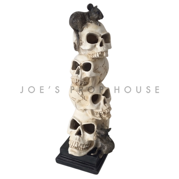 Four Stacked Skulls w/Rats Statue