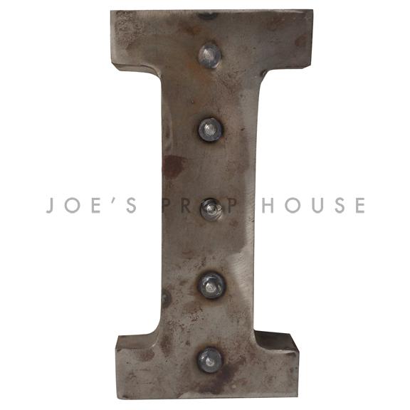 Lettre I de chapiteau en métal galvanisé