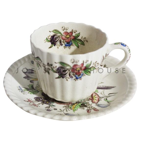 Paige Tasse à thé et soucoupe