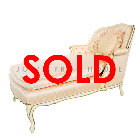 BUY ME / USED ITEM $295.00 Vintage Peach Fabric Chaise Lounge W48in x D27in x H32in