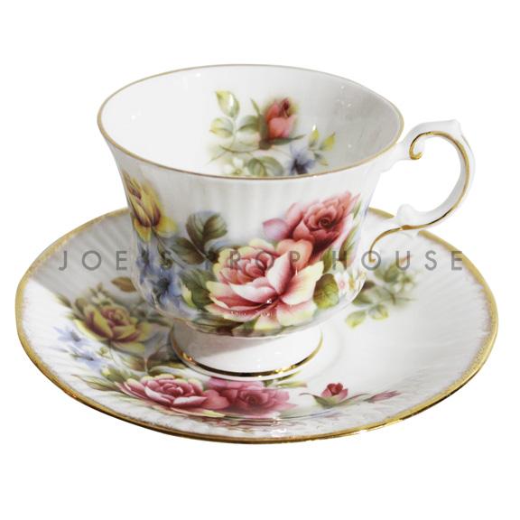 Tasse à thé et soucoupe florale Phoebe