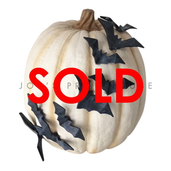 BUY ME / USED ITEM $15.99 each Artificial Ivory Pumpkin w/3D Bats