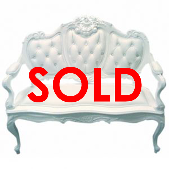 BUY ME/ USED ITEM Victorian Faux Leather Tufted Loveseat, white
